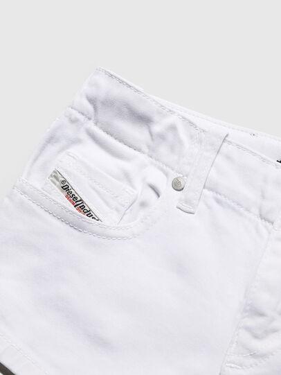 Diesel - PRIRAZ-N, White - Shorts - Image 3