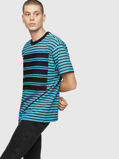 Diesel - T-WALLACE-STRIPE,  - T-Shirts - Image 1