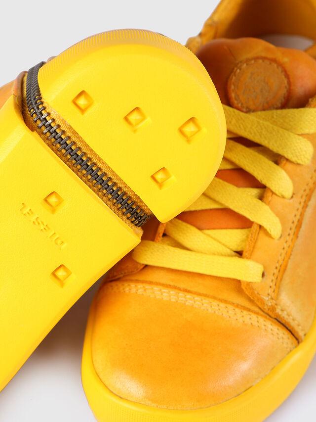 Diesel - SN LOW 31 NETISH YO, Mandarine - Footwear - Image 4