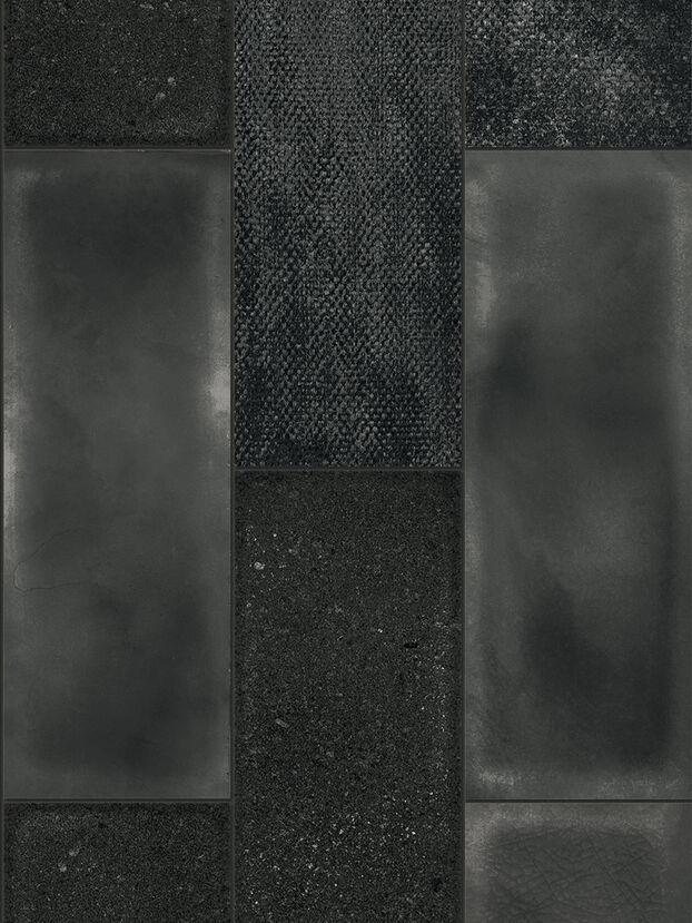 https://lu.diesel.com/dw/image/v2/BBLG_PRD/on/demandware.static/-/Sites-diesel-master-catalog/default/dw27d4c621/images/large/IRISCAMRBLA_01_O.jpg?sw=622&sh=829