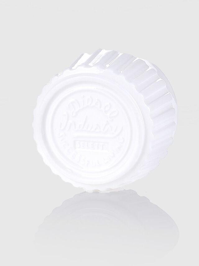 10972 MACHINE COLLEC, White