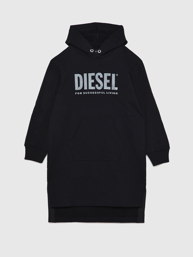 https://lu.diesel.com/dw/image/v2/BBLG_PRD/on/demandware.static/-/Sites-diesel-master-catalog/default/dw6852be38/images/large/00J51X_0IAJH_K900_O.jpg?sw=622&sh=829