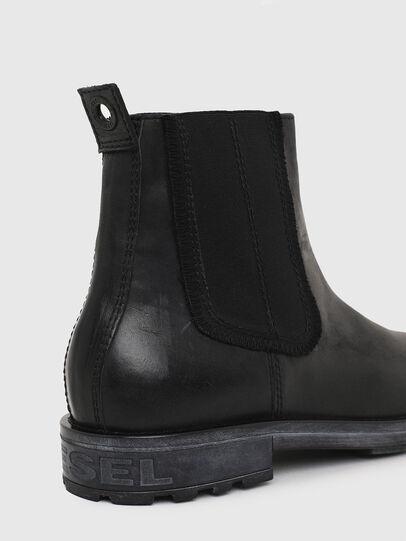 Diesel - D-THROUPER CH, Black - Boots - Image 5