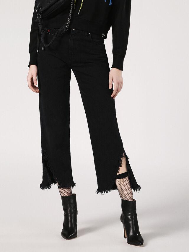 NICLAH-F 084TC, Black Jeans