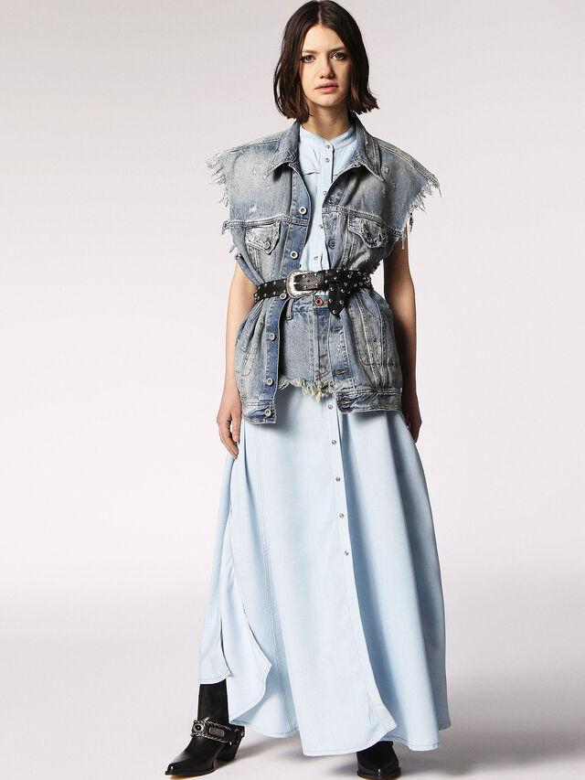 DE-FLUX, Blue jeans