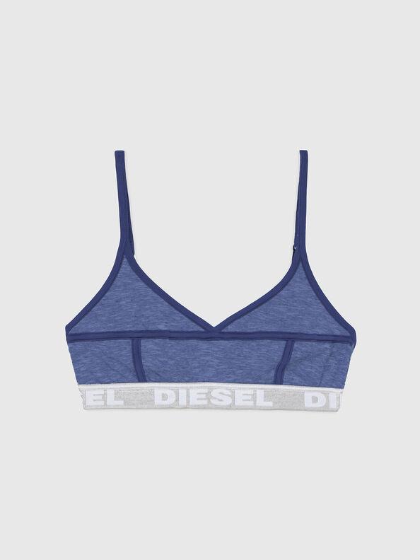 https://lu.diesel.com/dw/image/v2/BBLG_PRD/on/demandware.static/-/Sites-diesel-master-catalog/default/dw92037d20/images/large/A03195_0QCAY_8AR_O.jpg?sw=594&sh=792