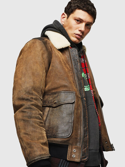 Diesel - L-OIUKIRO, Brown - Leather jackets - Image 3