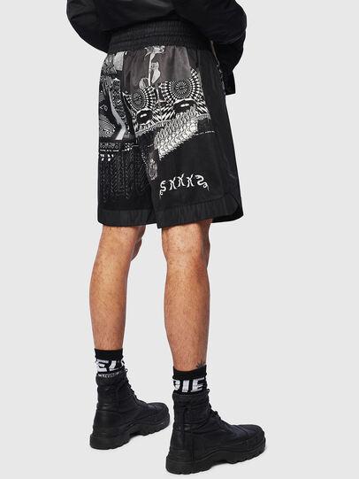 Diesel - P-KUMI-PRINT-A, Black - Shorts - Image 2