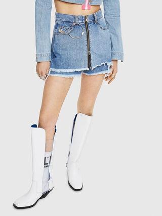 DE-LARZY,  - Shorts