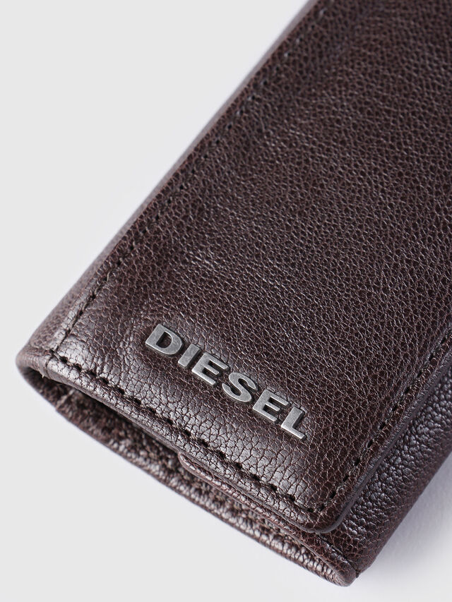 Diesel - KEYCASE O, Brown - Bijoux and Gadgets - Image 3