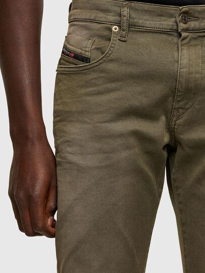 Diesel - D-Strukt JoggJeans® 0670M, Military Green - Jeans - Image 3